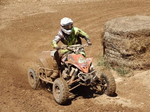 Dani Vilà i el seu quad Yamaha.